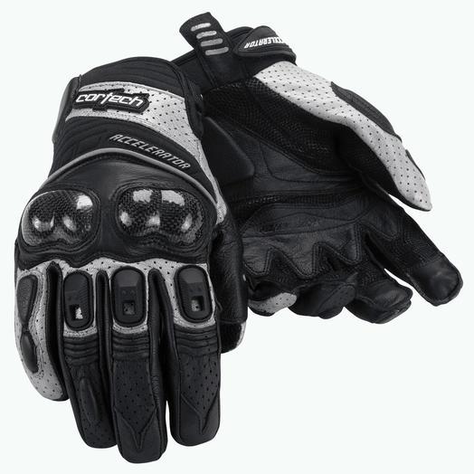 Accelerator Series 3 Glove 4